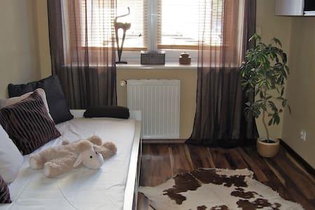 Apartament Gdynia, trzy sypialnie i olbrzymi salon - Gdynia