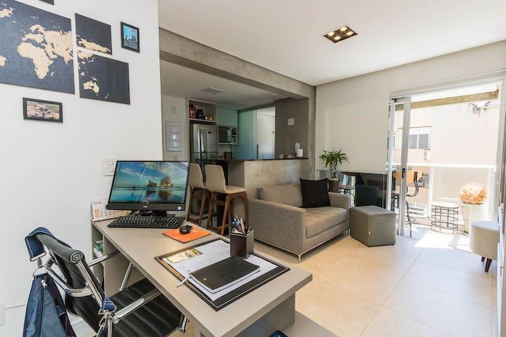 Conforto, localização e segurança. Studio Premium