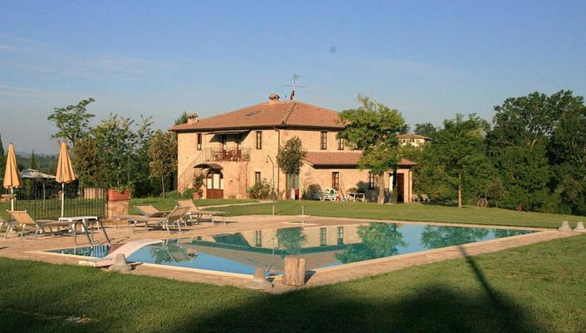 APARTMENT OF CHARME-POOL-30 km FLORENCE-18 kmSIENA - Monteriggioni - Apartment