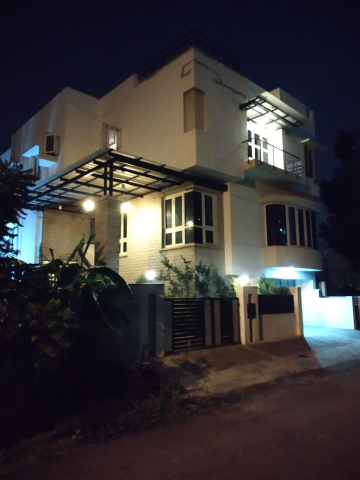 House @ Night