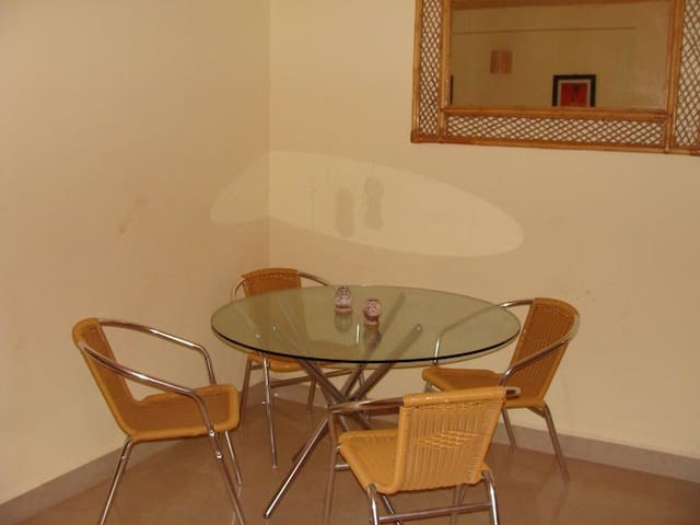 relax at 2 bhk apartment in calangute - Calangute - Apartamento