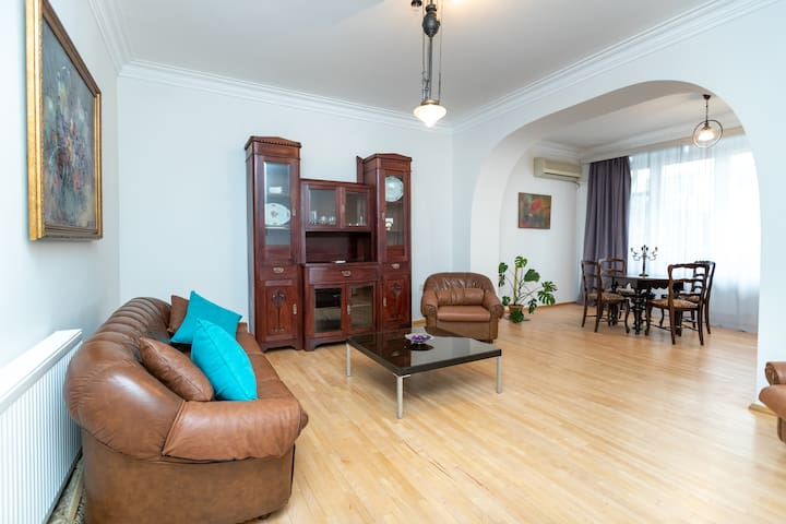 OFF 30% Spacious 2Bedroom Apt. for up to 6 People