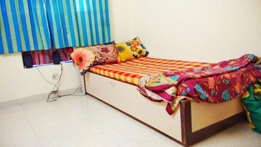 Luxury Budget stay in Andheri west - Mumbai - Leilighet