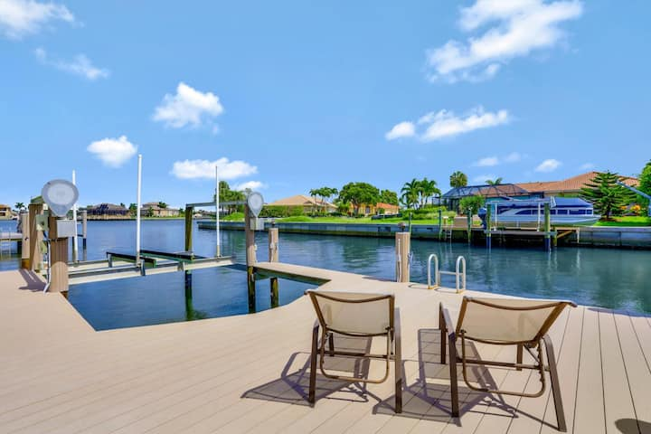 Updated waterfront house w/ heated pool & short walk to beach
