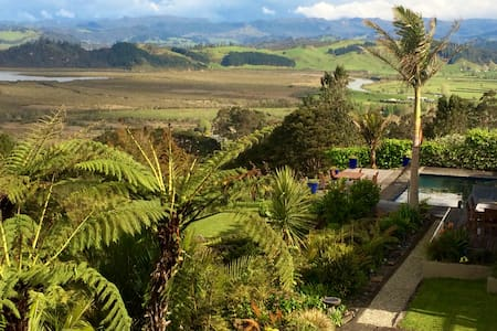 WoodyHanger Lodge - Luxury accomodation Whitianga - Whitianga - Bed & Breakfast
