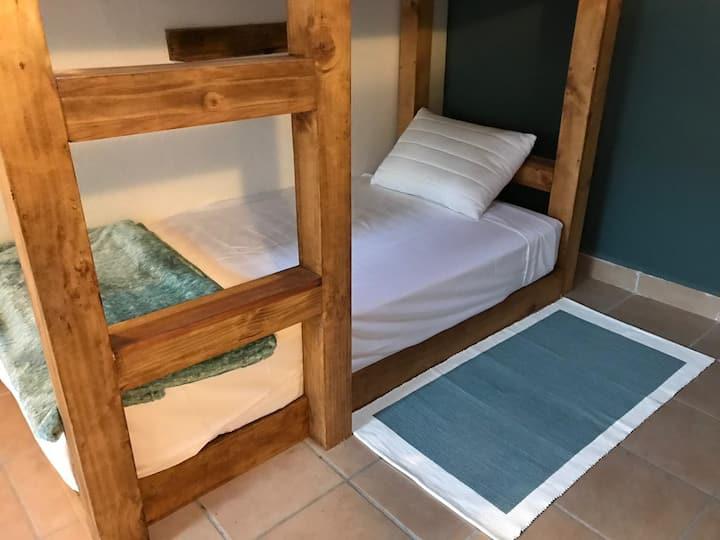 Cama Dormitorio Caballeros