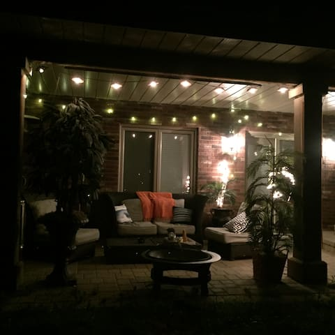 Room in beautiful house with great sunset view! - Sudbury - Casa