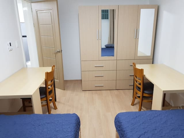 2 Bed room Private Guest Suite (Fully serviced)