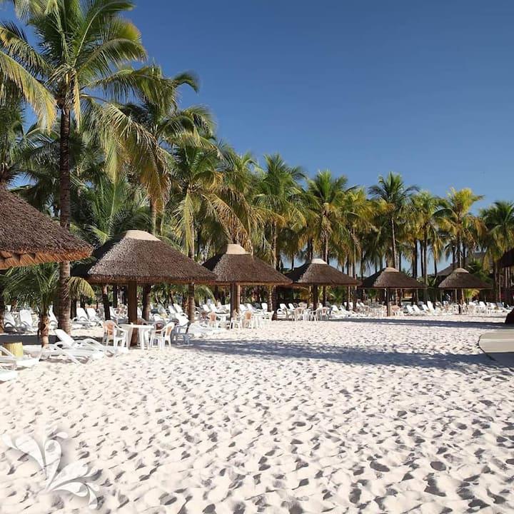 Apto no Hot Beach Suites  até 6 pessoas com parque