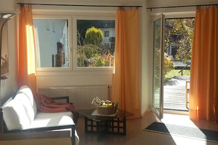 Gemütliches, helles Apartment - von Bergen umringt - Sillian - 公寓