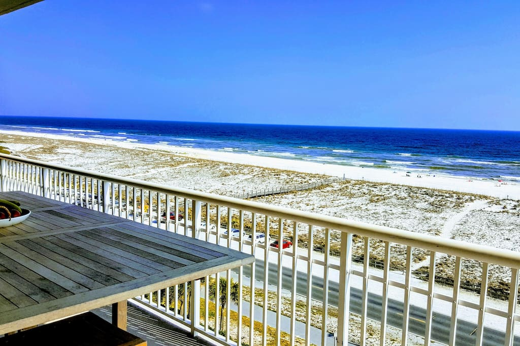 unobstructed gulf views- perfect for a relaxing getaway