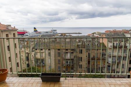 Appartement Bastia centre ville 3 pièces 78 m2 - Bastia - Wohnung