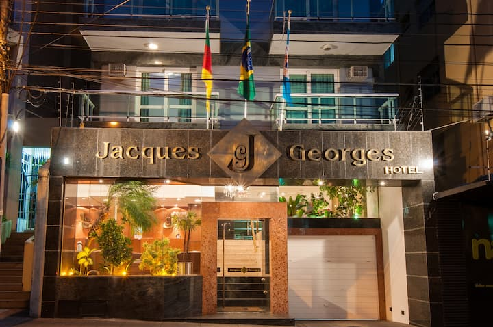 Jacques Georges Hotel