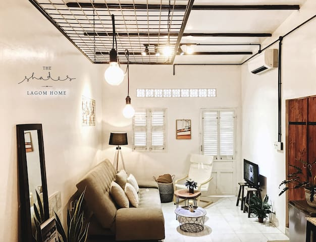 Shades 06★ Stylish Lifestyle Loft in Saigon Center