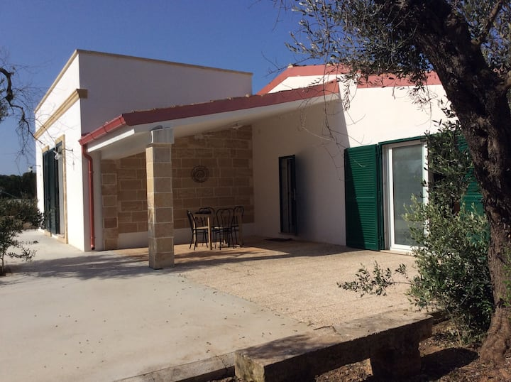 Villa Parco Gondar with Air Conditioning & Terrace; Parking Available