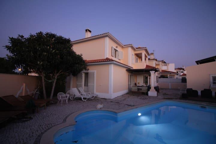 Arrábida Azeitão Pool House