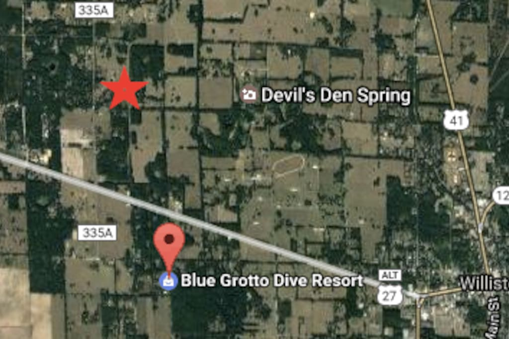 We are just minutes from the diving facilities; Blue Grotto and Devil's Den. (We are the RED star)