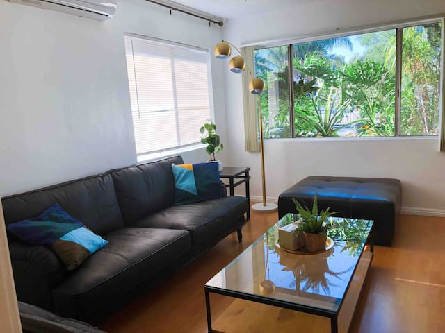 3 Bedroom house close to Pasadena and downtown LA
