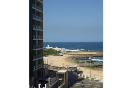 City Apartment on the Beach - Newcastle