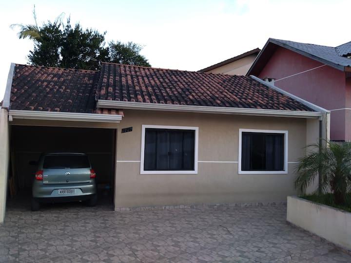 Casa no Centro da Cidade, (Campo Largo - PR)