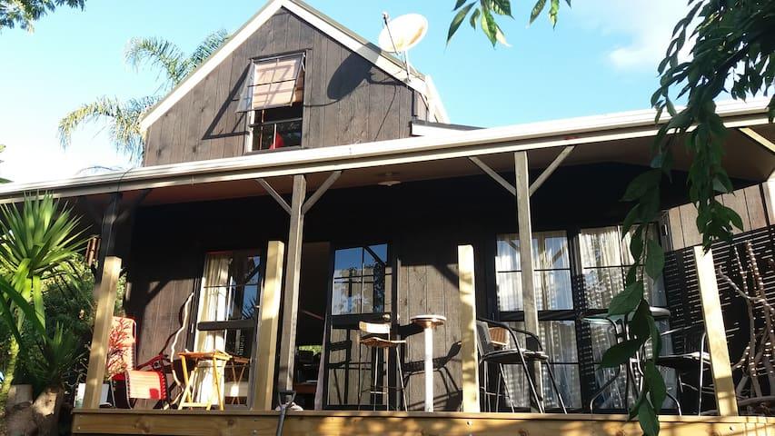 PuKaPanga Homestay - Coromandel - Haus