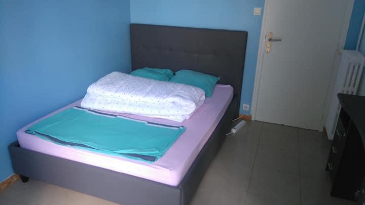 Chambre meublée 12 m² dans un T3 tout équipé