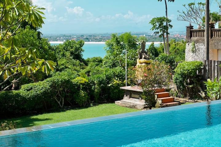 🌴 Sea View Private Villa Overlooking Jimbaran Bay