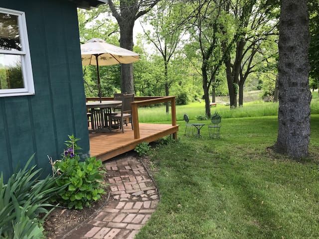 Heron's Rest hideaway close to beaches, breweries