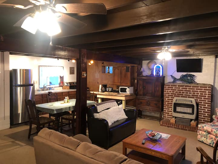 Sunny Beach Cottages:  Blue Gill Cottage