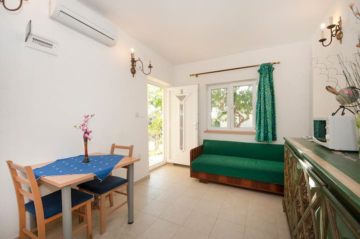 Villa Lagarrelax - One bedroom Apartment