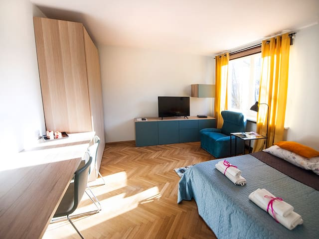 Cozy Apartent with the view of St. Mary Church