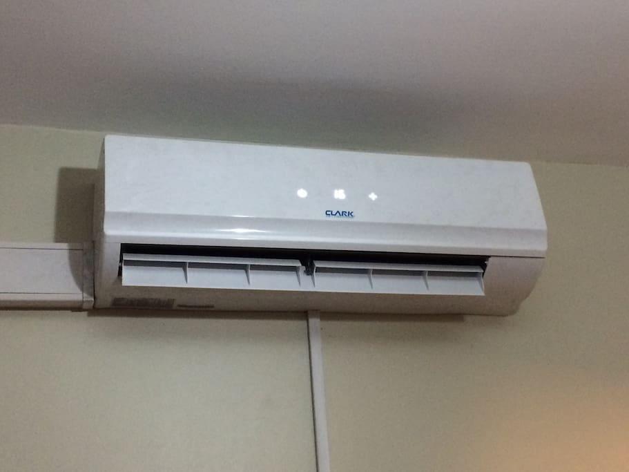 Aire acondicionado frío calor con purificador de aire.