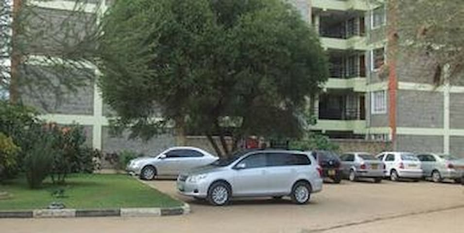 spacious Parking