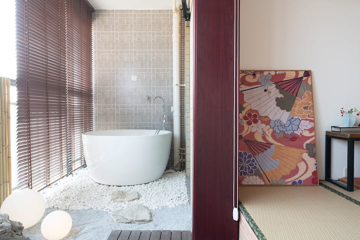 【小叙· 弥生】浴缸 投影  日式枯山水    和服美拍  夜景  翠湖南屏街