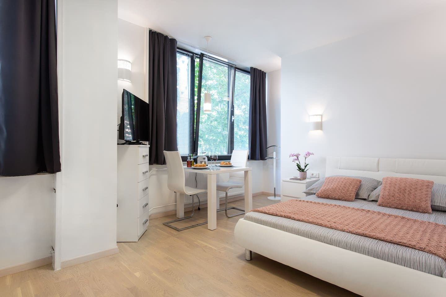 This well lightened loft is a space in which you can really enjoy and relax after a hard day's work or after discovering the wonders of Ljubljana&Slovenia.