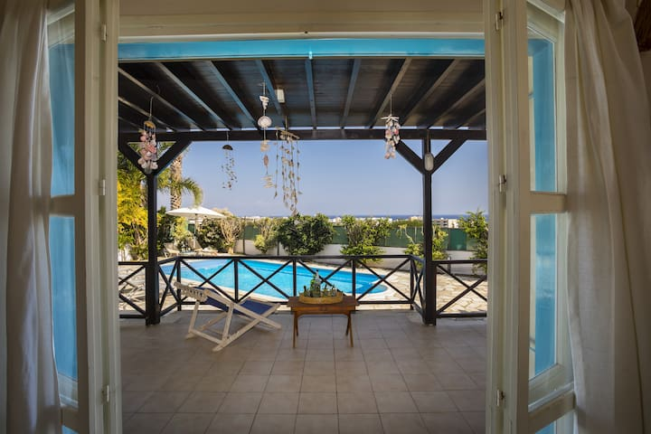 Ayios Elias Views, Amazing View, Pool, Wifi