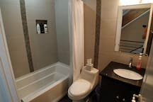Clean bathroom shared with 1 other AirBnB room