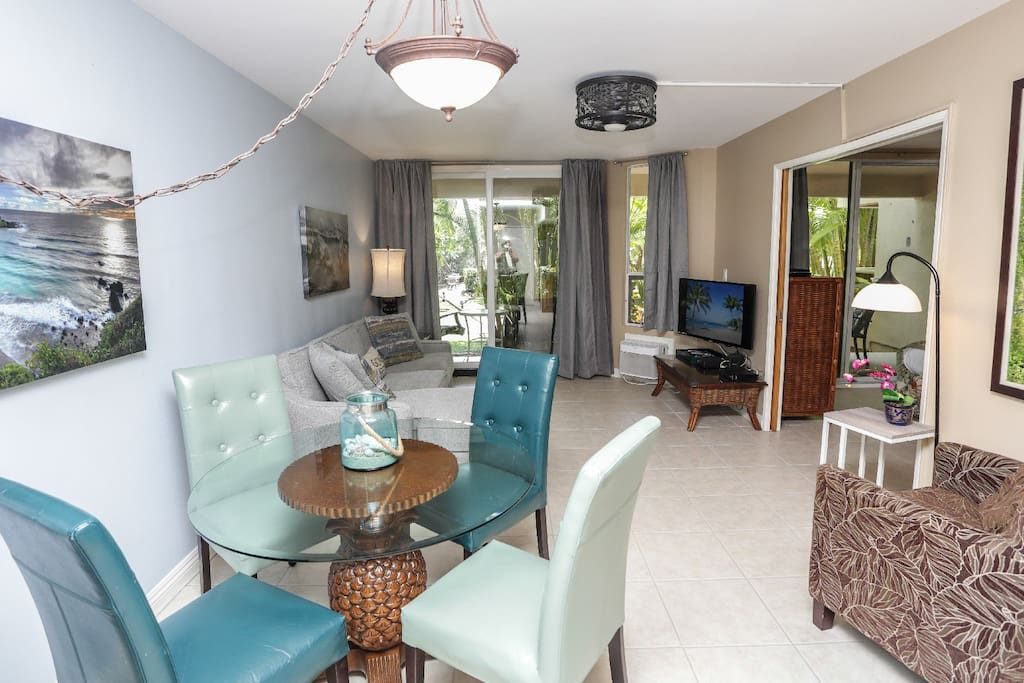 Spacious living and diving room area for precious family time