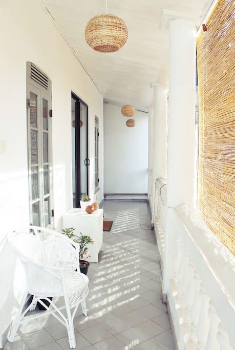 La Boheme hostel: Balcony