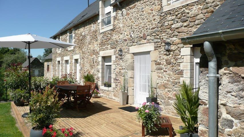 Belle longère Beaussais sur mer 15' St Malo, Dinan - Ploubalay - Haus