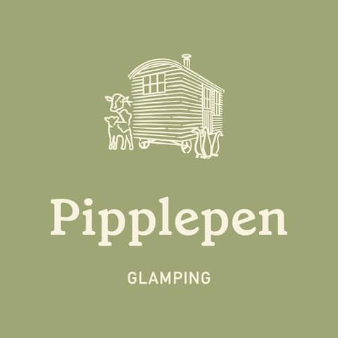 Pipplepen Glamping Shepherds Hut with Hot Tub
