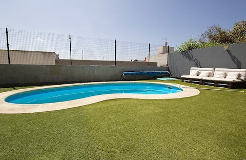 """Loft with Private Pool """"HIGH TABLES"""" LAS PALMAS"""