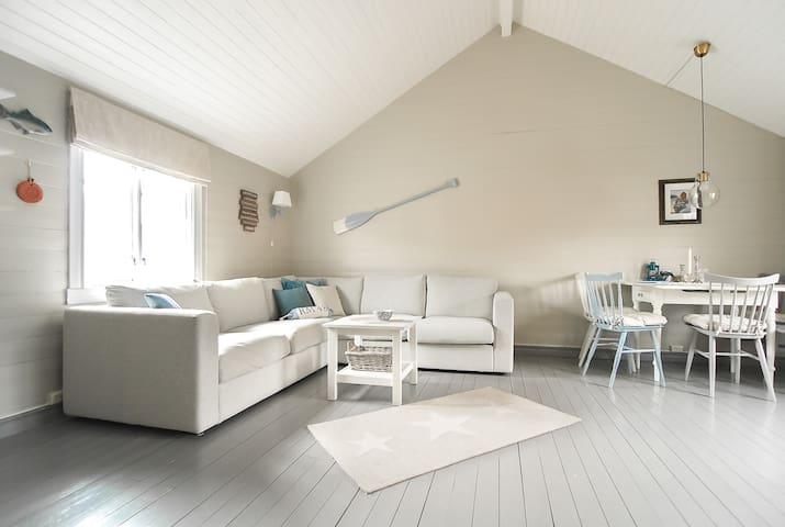 Lys og koselig stue