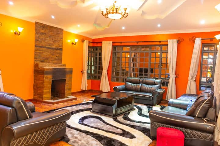 Big Bear Mansion - Ngong Home with a View