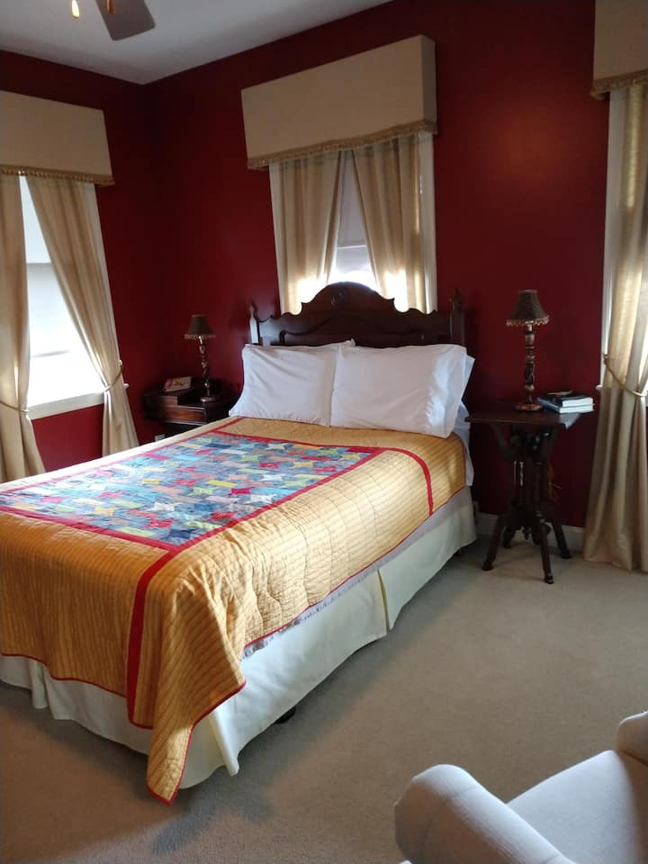 Red Room at Haynes Bed and Breakfast