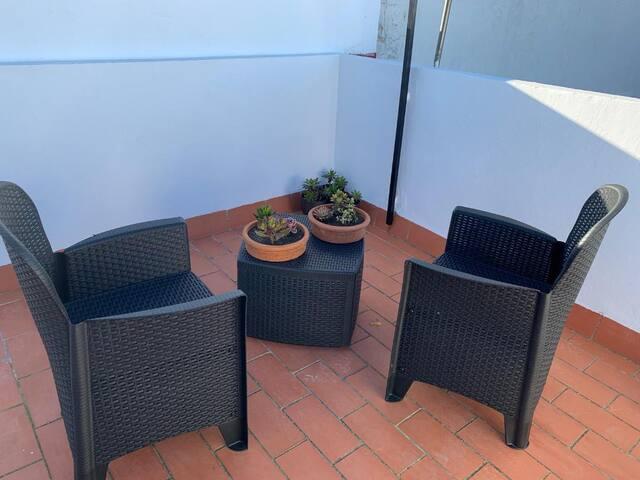 Piso Adriano - piso completo con terraza y wifi