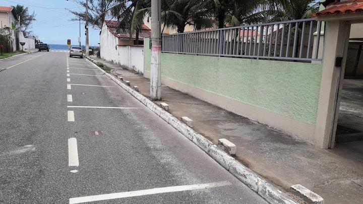 Venha à BARRA DE MARICÁ, 100 mts da praia. CORRA..