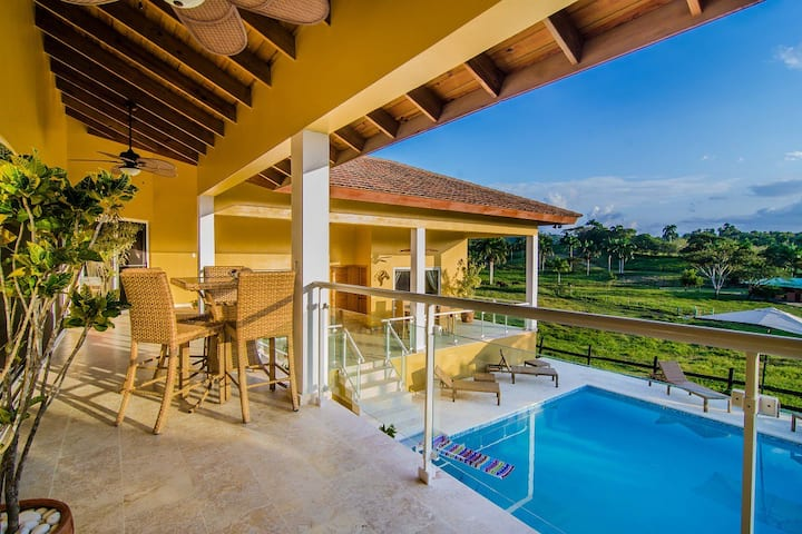 Private Spacious Executive Villa Excellent View