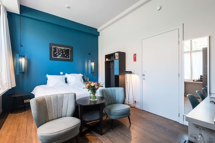Luxurious design stay in the heart of Bruges