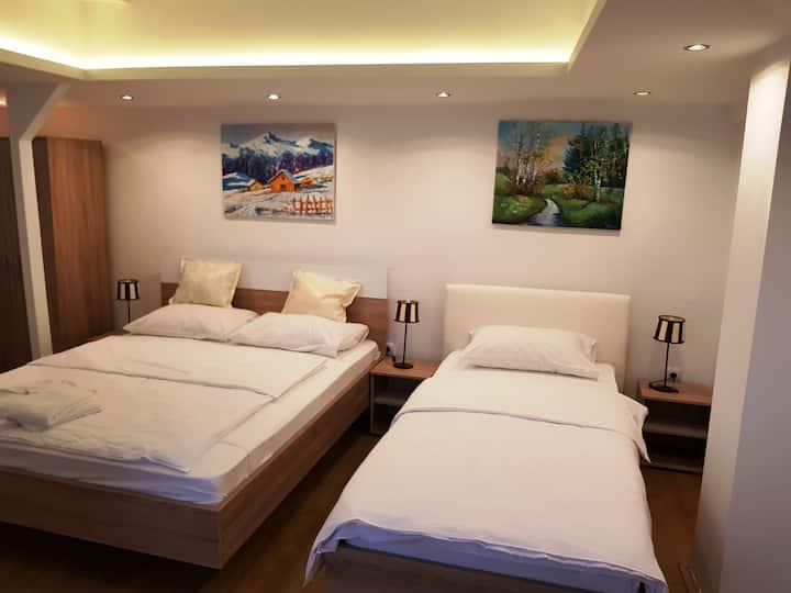 TRIPLE ROOM at Hotel Villa Panorama***